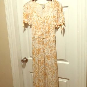 Merona yellow white leaf pattern dress. Size XL